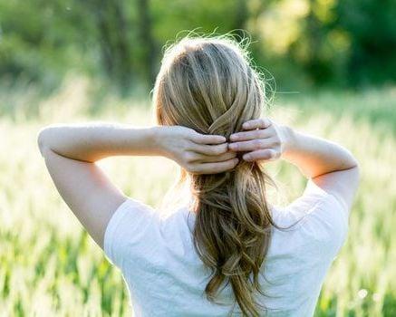 Cheveux secs: comprendre le problème